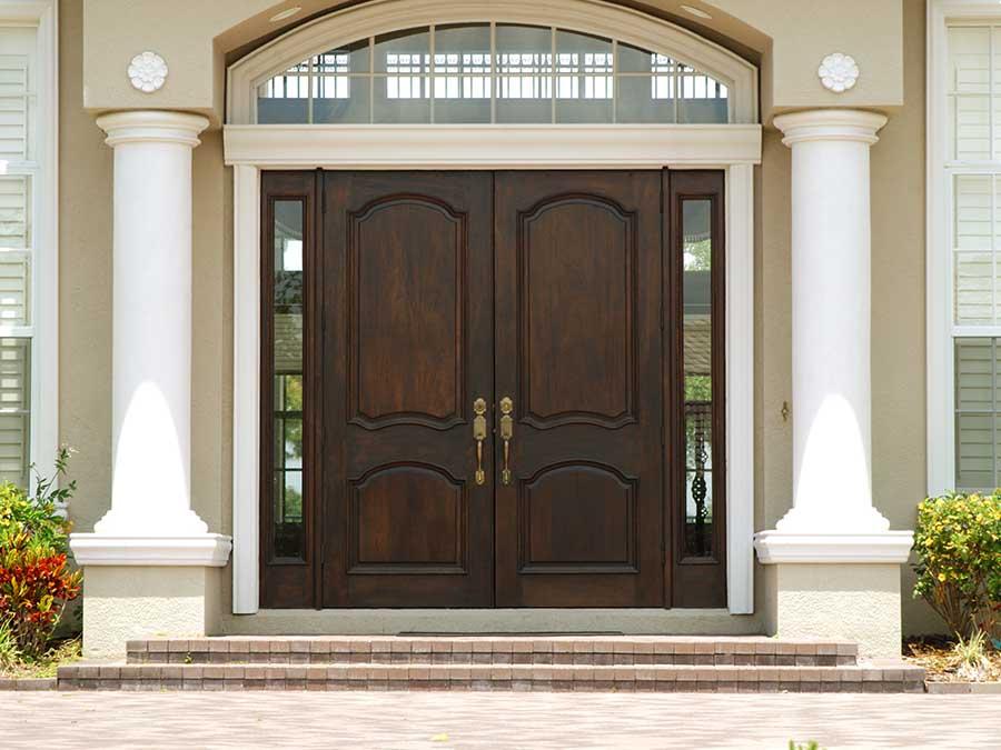 ¿Cómo escoger una puerta de madera para exterior? Maderas Gavilan